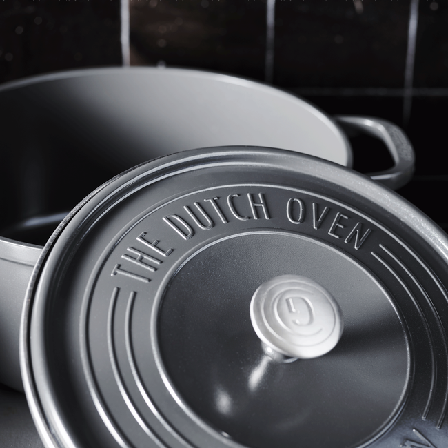 Featherweights Ceramic Non-Stick Dutch Oven with lid